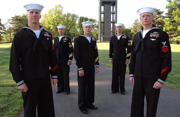 five_us_navy_petty_officers_in_uniform.jpg