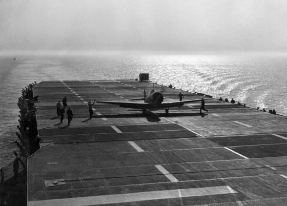 A Texan touches down on the Sable, somewhere off Chicago. (Image source: WikiCommons)