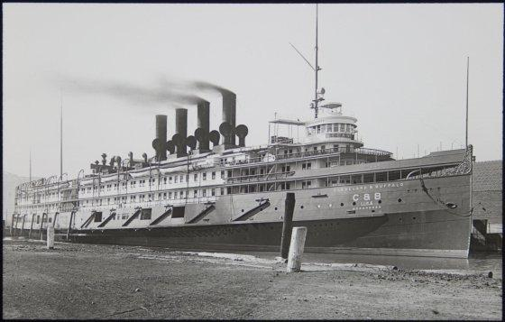 Before it was converted to an aircraft carrier, the USS Wolverine, was a Lake Erie luxury liner, the SS Seeandbee. (Image source: WikiCommons)
