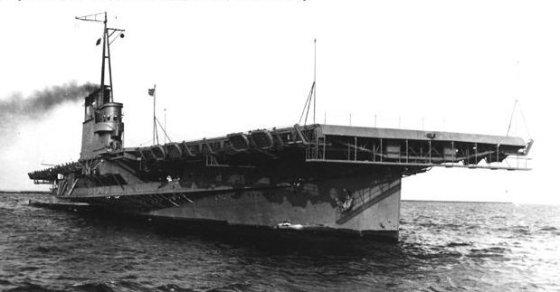 The USS Wolverine, one of two U.S. Navy paddle-wheel steamer aircraft carriers. (Image source: WikiCommons)